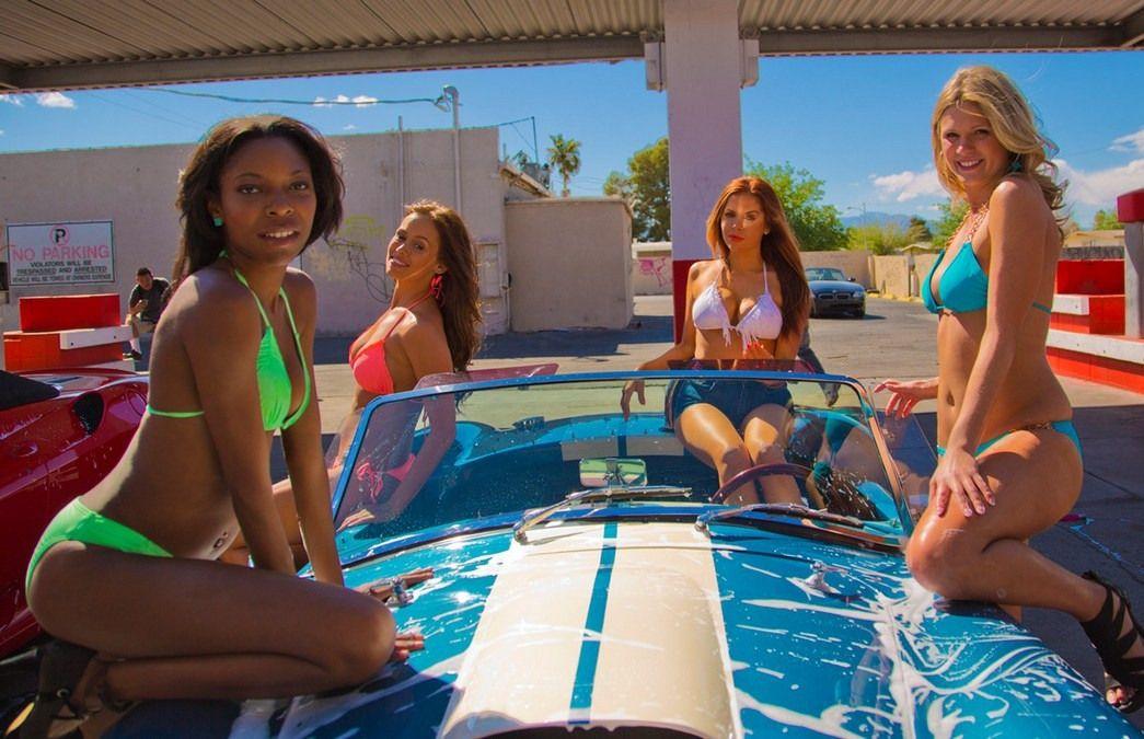 Смотреть онлайн фильм лето в бикини